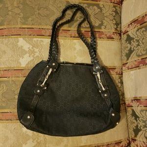 Black Gucci Pelham hobo bag like new condition